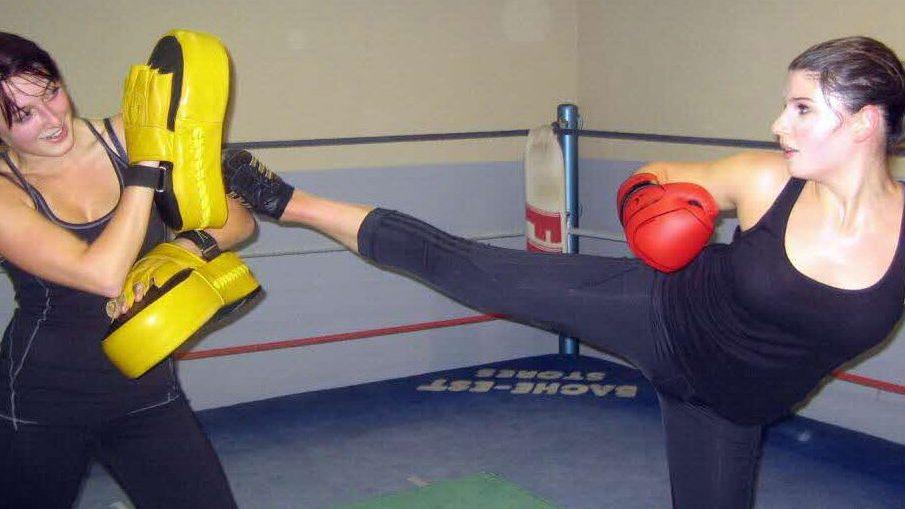 Cardio boxing, activités sportifs pour les adultes proposés par l'association BE API situé à Echirolles