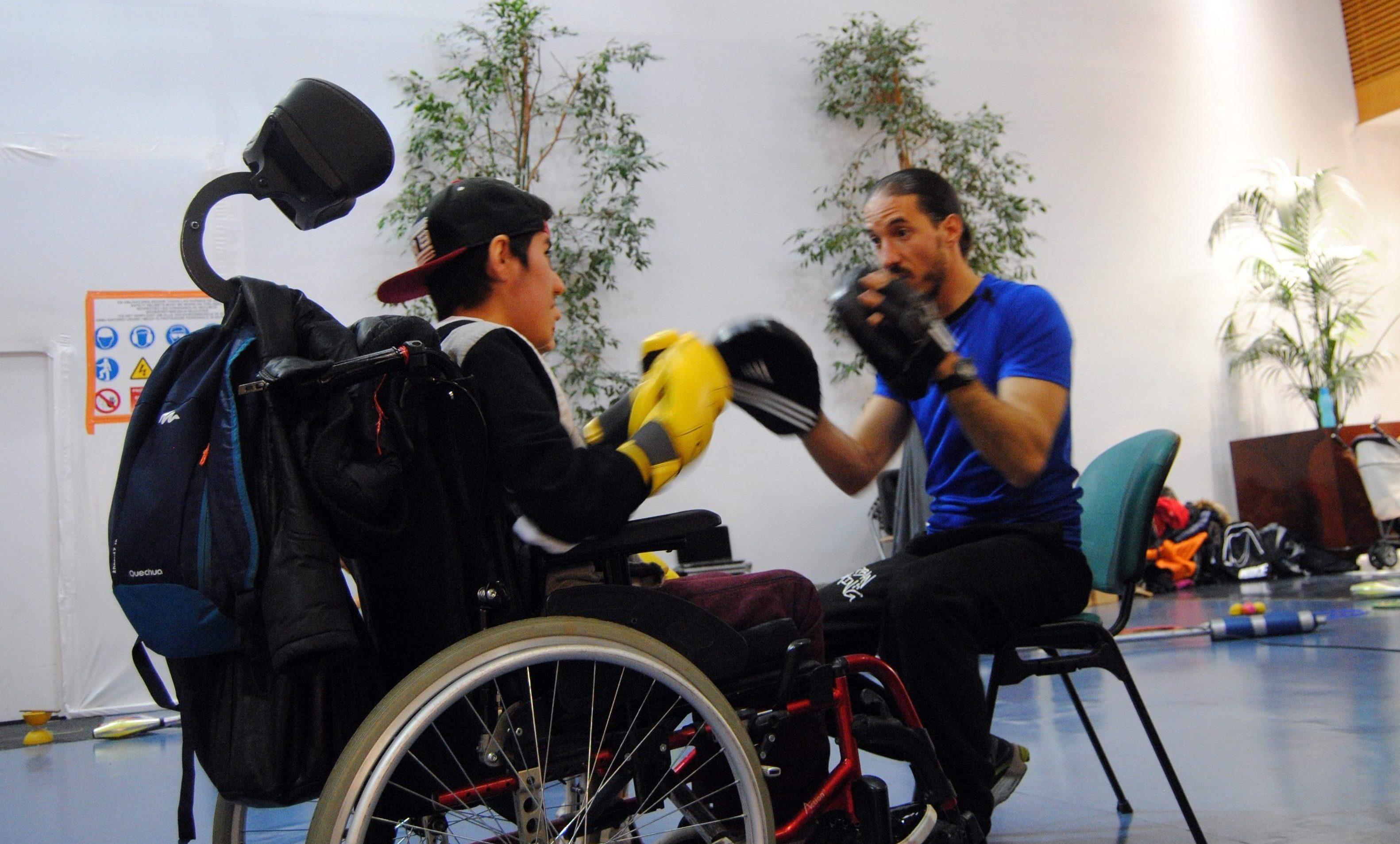 Handisports, activités sportifs pour les adultes proposés par l'association BE API situé à Echirolles